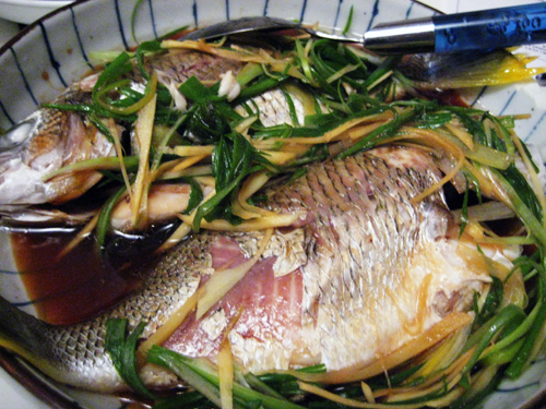 Cantonese Steamed Fish with Ginger and Scallions / rice and wheat
