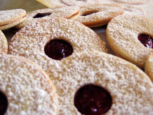 Spitzbuebe Swiss Christmas Cookies Rice And Wheat